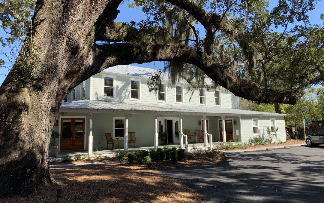 The Roost Boutique Hotel: Relaxation in Ocean Springs